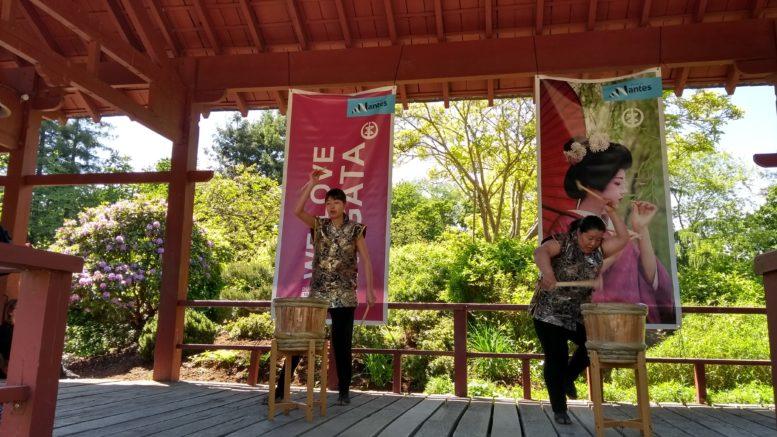 demonstration de tarukinuta sur l'ile de versailles